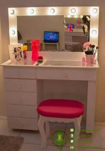 harga-meja-make-up-lampu-minimalis-modern   dekorasi rumah